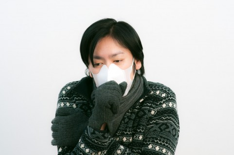 風邪のひき始めにはマスクが最強だった件…自宅でも眠る時でもつけとくとマジで効果あったよ