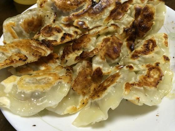 家で簡単に作れる!美味しい定番の手作り餃子のレシピ