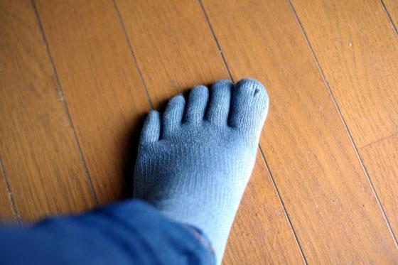 靴下を履いて寝ると冷え性を悪化させるので注意