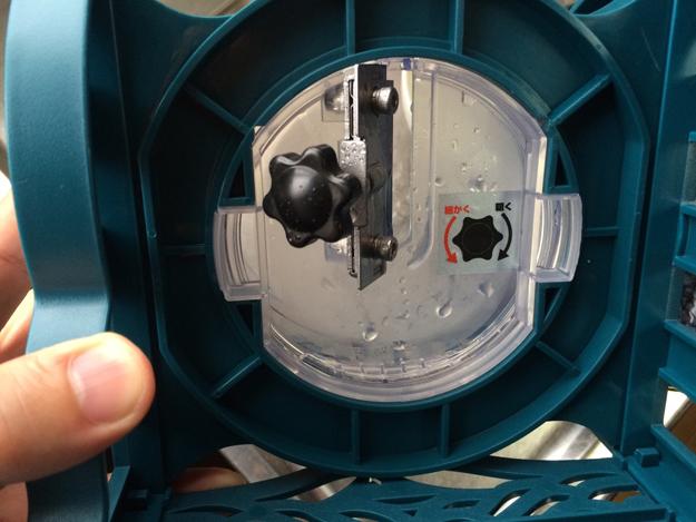 ドウシンシャ 電動本格ふわふわ氷かき器