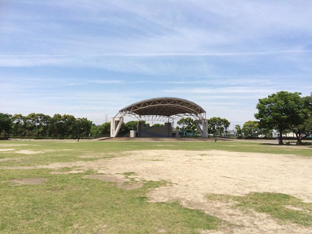 東海市の元浜公園の感想…遊具が少ないが水遊びが可能