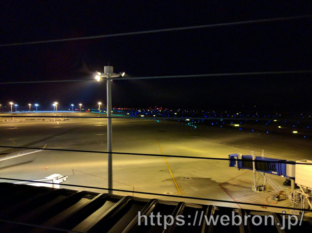 中部国際空港セントレアのマッピングイルミネーション