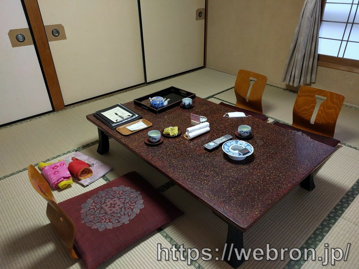 富岳の客室